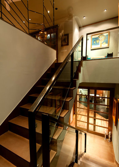 Contemporary Staircase by Chromed Design Studio