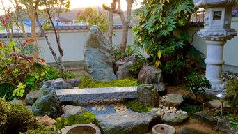 俗世界とは隔たった空間【枯山水の前庭】