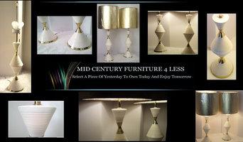 "Pair of Mid Century Modern Gerald Thurston for Lightolier ""Hour Glass"" Lamps"