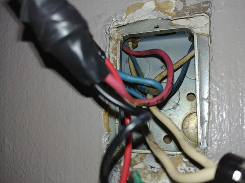 Red, blue, white wires in Light switch