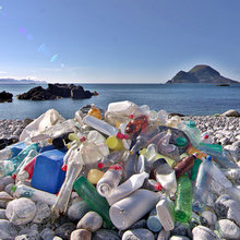 How to Handle Plastics in an Eco-Friendly Way