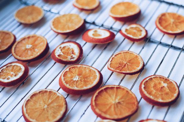 Gör det själv: Julgirland av väldoftande apelsiner