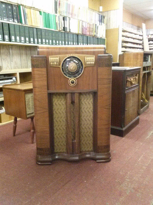 - Antique Radio Cabinets Restoration/Refinishing