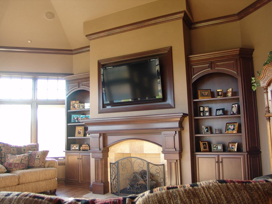 Traditional Living Room With Built-Ins - Television Install