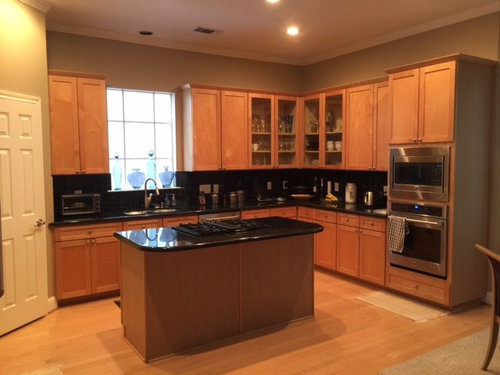How do I update 1999/2000 Maple cabinet kitchen?