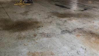 2 car garage in Pasadena