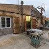 Sammler-Eldorado: Ein Händler historischer Bauelemente in Brandenburg