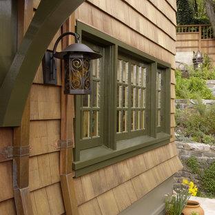 Example of a mountain style home design design in San Francisco