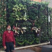 Foto de Organic Green Walls Corp
