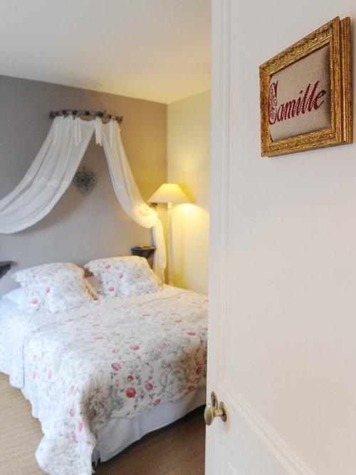 vue sur cour chambre d 39 hote la rochelle. Black Bedroom Furniture Sets. Home Design Ideas