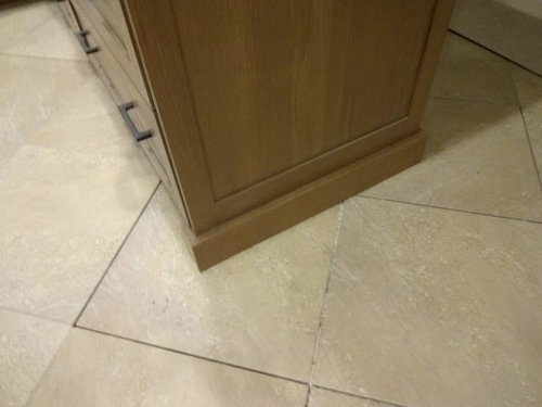 She Has An Integrated Miele Fridge The First Pic Is Right Front Of Base Moulding Sticks Out In There Shoe