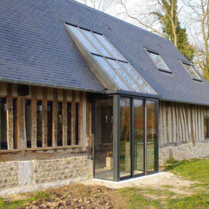 Réhabilitation d'un bâtiment agricole en colombages