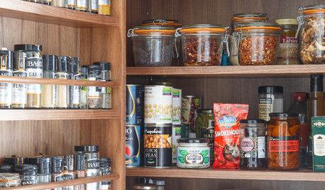 Slip for køkken-kaos: Sådan organiserer du madvarerne pænt