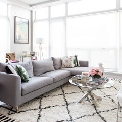Superior Home Tour: Chicago Apartment