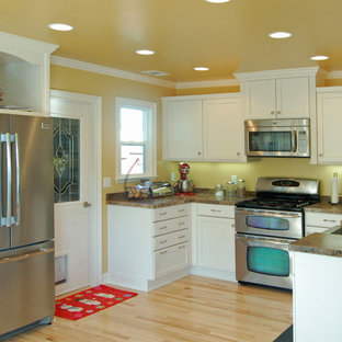 2015 photos, Not Afraid to Use Color (White Cabinets), Brookhaven