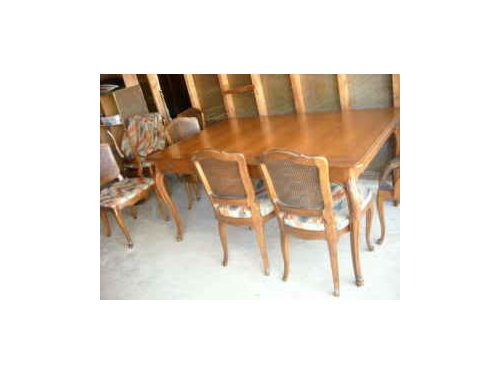 henredon? dining set on CL