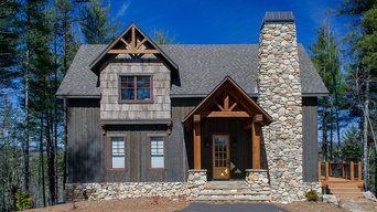 Western Red Cedar Board & Batten Siding Stained with Carolina Colortones #Cabot