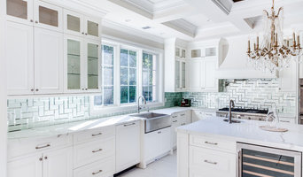 Stylish White Traditional Kitchen