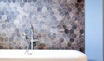 Barn Wood Porcelain Tile for Bathroom Remodeling