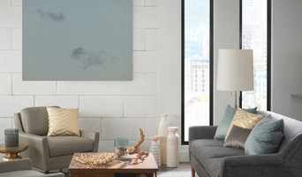 """""""Grey Horses"""" in a Contemporary Living Room"""