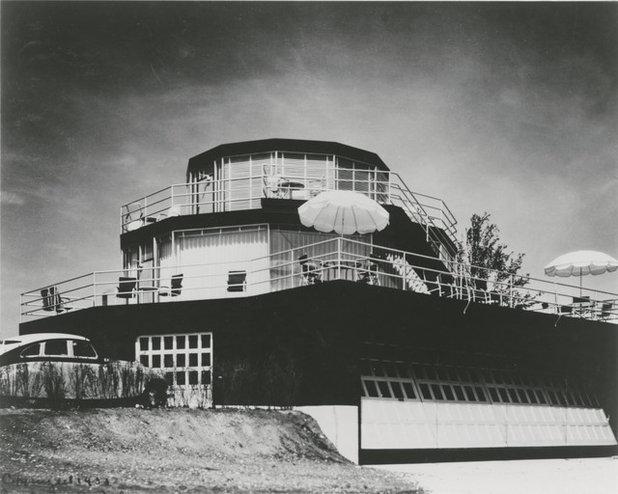 House of Tomorrow Garage