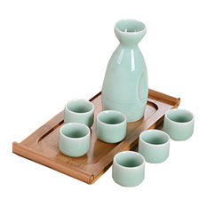 A Set Of 7 Practical Fresh Green Wine Glasses And Sake Jugs, D3