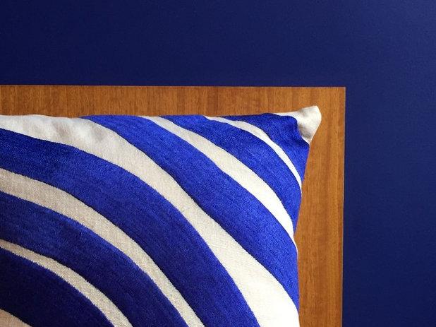 houzz 8. Black Bedroom Furniture Sets. Home Design Ideas