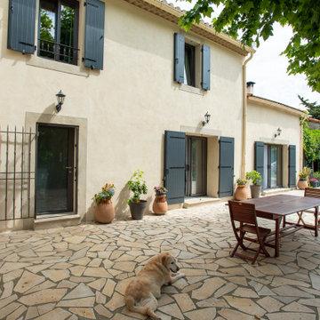 Rénovation complète d'un mas provençal