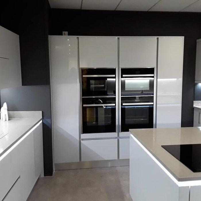 Modern Slick Kitchen
