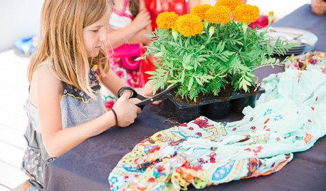 Un atelier fleuri pour une fête d'anniversaire colorée
