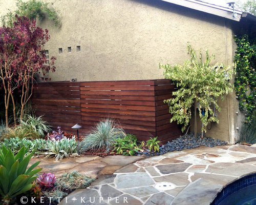 Pool equipment enclosure houzz for Landscaping rocks los angeles