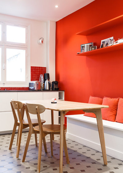 Модернизм Кухня by Mon Concept Habitation | Paris, Lille, London