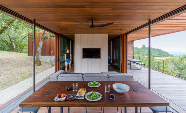Contemporary  by Alchemy Architects