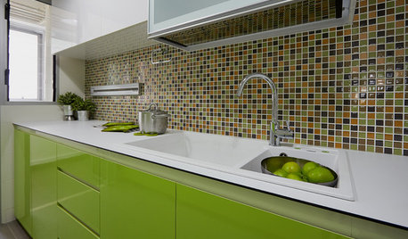 Try a Bold Backsplash for Your Kitchen