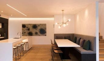 Natural Oak Flooring - Warm & Inviting