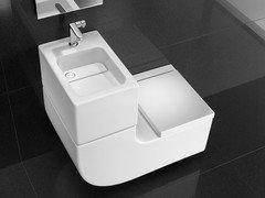 Toilette Mit Waschbecken Auf Dem Wasserkasten
