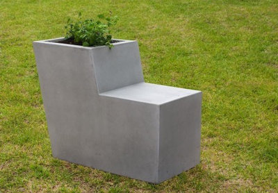 Popular Modern Outdoor Pots And Planters by Sit Urban Design