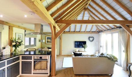 Houzz Tour: Oak and Natural Light Warm Up an English Cottage