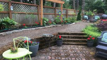 Stevens Backyard Trellis and Landscape Design