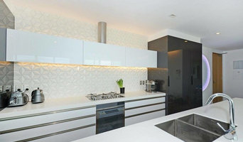 Gloss White Kitchen with Geometric Tiles
