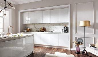 Edle Designerküche in Marmor-Optik