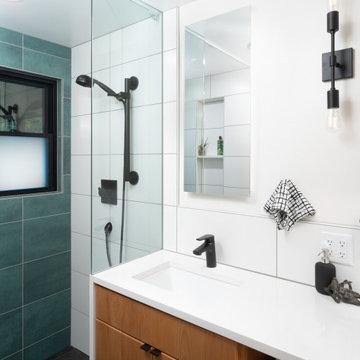 Black Bathroom Fixtures and Undermount Sinks