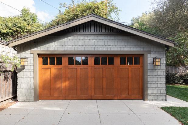 Craftsman Garage by Wendy Wilson & Associates