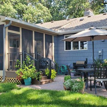 Fairway Kansas Screened Porch Design