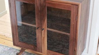 Making of Lisa display cabinet