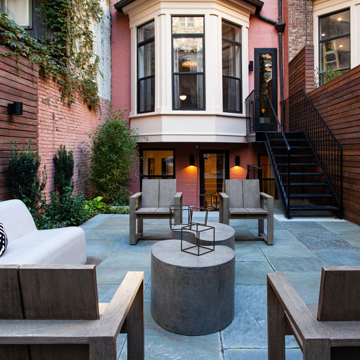 Manhattan Townhouse East
