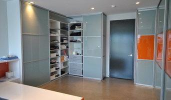 Modern Custom Closets