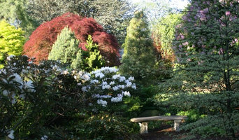 Oliver Nurseries and Design Associates Display Gardens in May