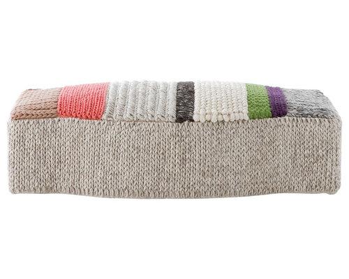 pouf und bodenkissen. Black Bedroom Furniture Sets. Home Design Ideas