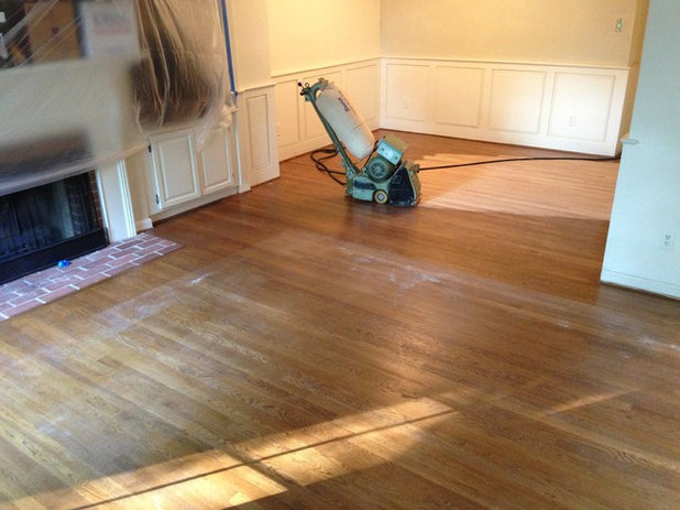 5 Hal yang Perlu Diketahui Sebelum Refinishing Lantai Kayu